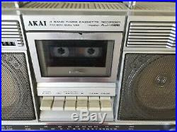 AKAI AJ-485 FS Stereo Retro Boombox Vintage Radio Cassette