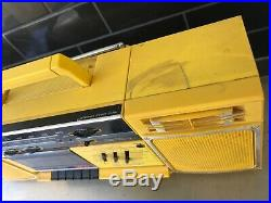 SHARP GF 320A Yellow Stereo Retro Boombox Vintage Radio Cassette Recorder RARE