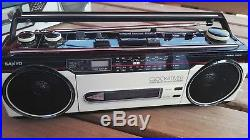 Sanyo Ghettoblaster Boombox MS 320 Radio Cassette Recorder Vintage M-S400