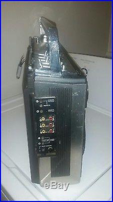 VINTAGE Sanyo Boombox M9994 Ghettoblaster Radio Cassette Recorder Player