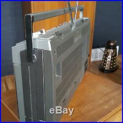 Vintage HITACHI TRK-8290E FM SW MW LW Stereo Cassette Recorder BOOMBOX GHETTO B
